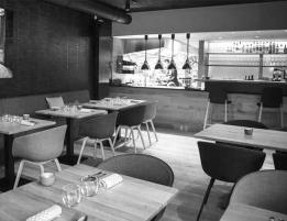 648_ new Restaurant-Handwerk